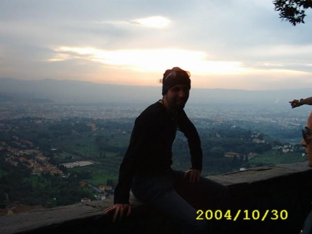 Firenze distesa ai piedi della collina di Fiesola